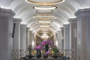 Zobacz eleganckie łazienki w odrestaurowanym Raffles Europejski Warsaw