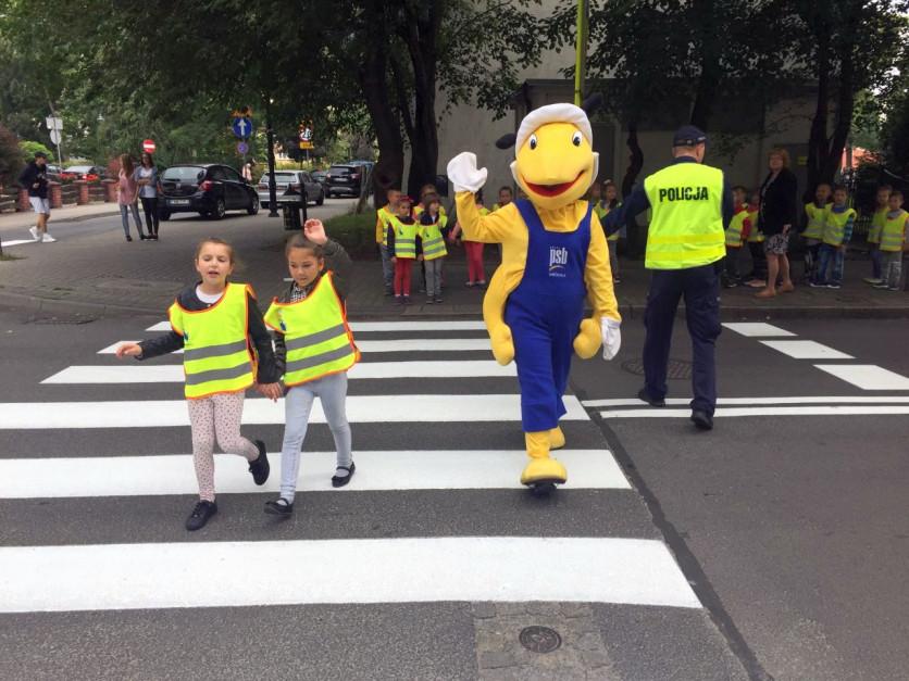 """Grupa PSB wspiera akcję """"Bezpieczna droga do szkoły"""""""