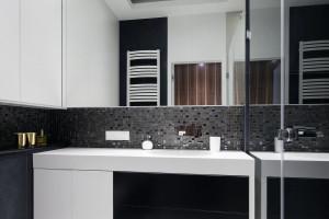 Strefa umywalki: 10 pomysłów na ścianę