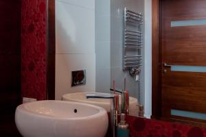 Architekt radzi: organizujemy przestrzeń w małej łazience