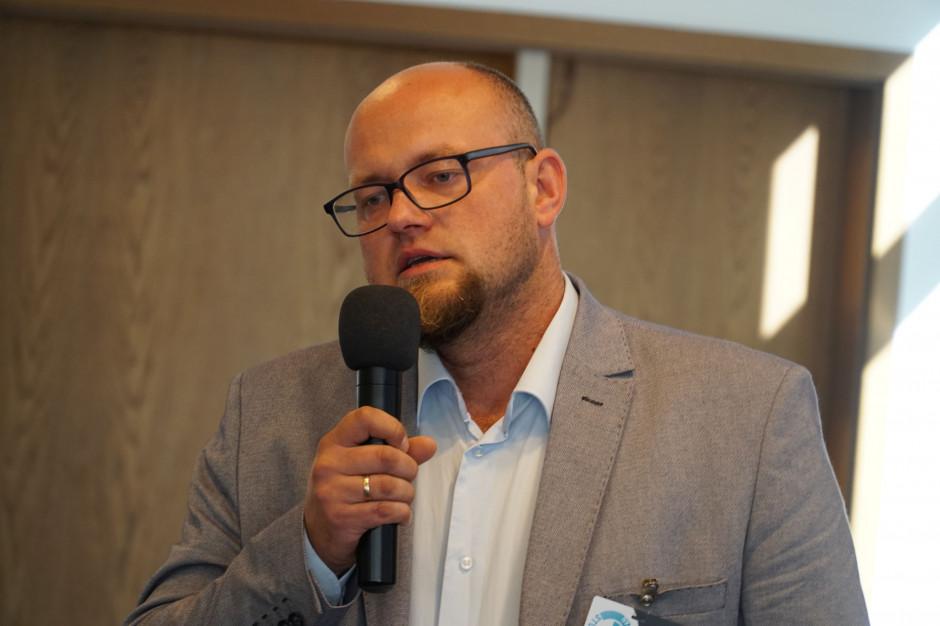 Artur Sieczka z firmy Cerrad: bezpłatne szkolenia sposobem na brak wykwalifikowanych glazurników