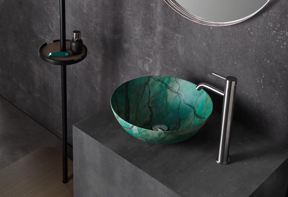 Zobacz najnowsze kolekcje umywalek Bathco prosto z Cersaie