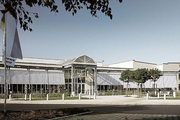 Nowe centrum informacyjne 1990 r. Fot. Kermi