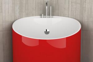 Łazienka z czerwonym akcentem w mobilnym ośrodku narciarskim