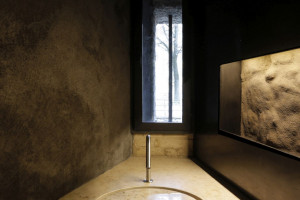 Nowoczesne baterie łazienkowe we włoskim muzeum