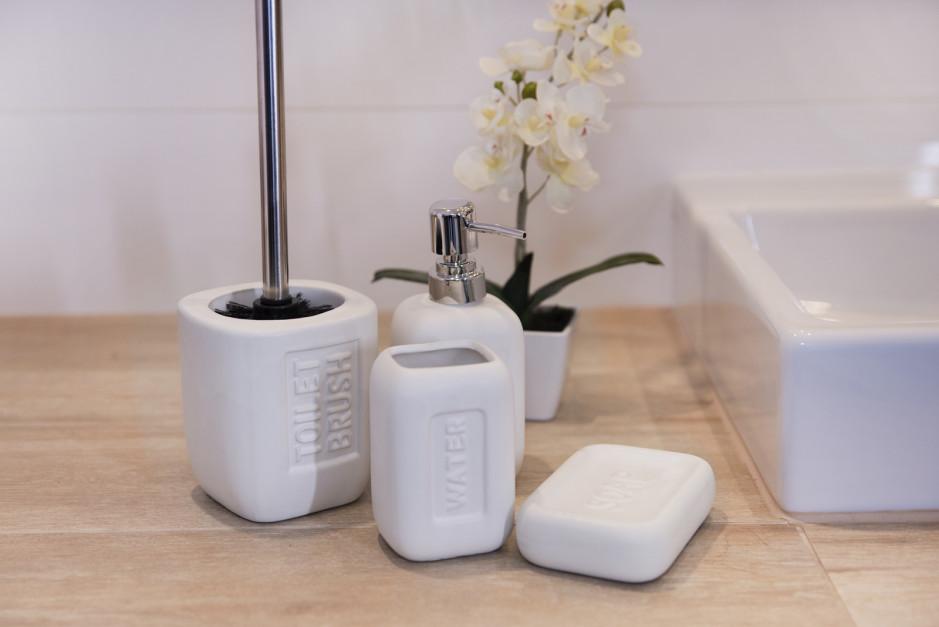 Aranżujemy Akcesoria łazienkowe Wybierz Uniwersalne