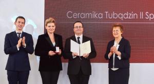 Grupa Tubądzin wyróżniona honorową odznaką przez Urząd Patentowy