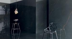 Czarne płytki zainspirowane marmurem: zobacz nowe kolekcje od Macieja Zienia