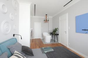 Łazienka przy sypialni: inspiracje z polskich domów