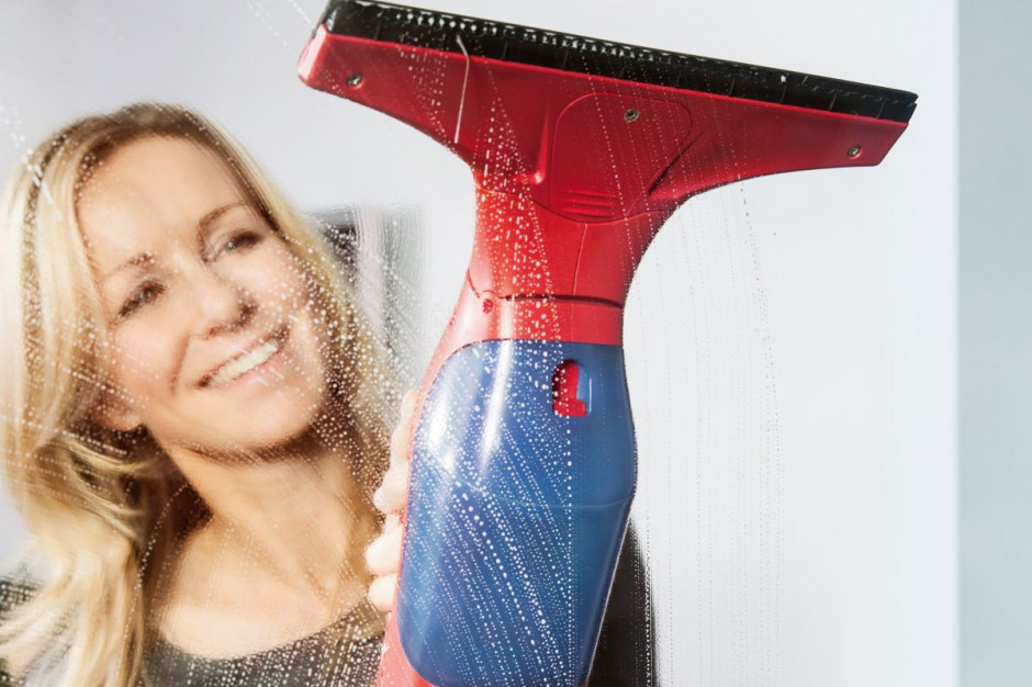 Czysty dom po zabawie sylwestrowej: jak szybko posprzątać?