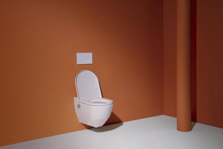 Toaleta myjąca Navia / Laufen