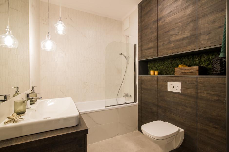 Mała łazienka z wanną: tak urządzili inni