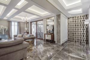 Renowacja luksusowego domu w Nicei z marmurową łazienką w tle
