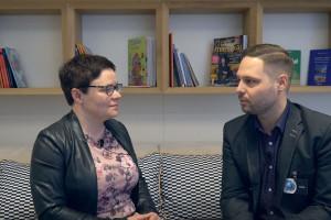 Funkcjonalne produkty do małych łazienek - rozmawiamy z Piotrem Wychowańcem z firmy Cersanit