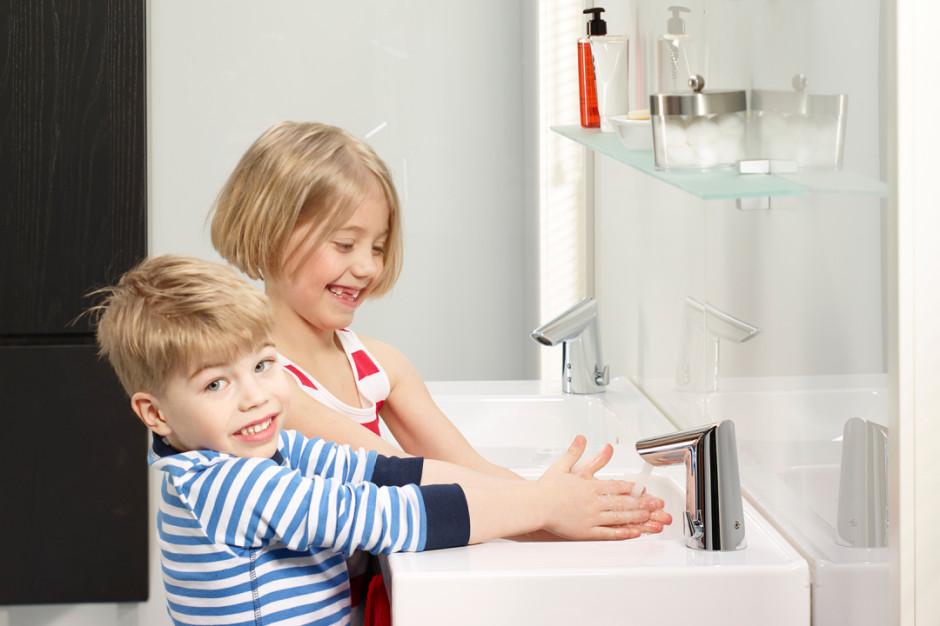 Nowoczesna armatura sanitarna w łazience. Czym się wyróżnia?
