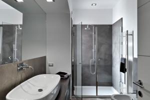 Detal w łazience: wybieramy fugę