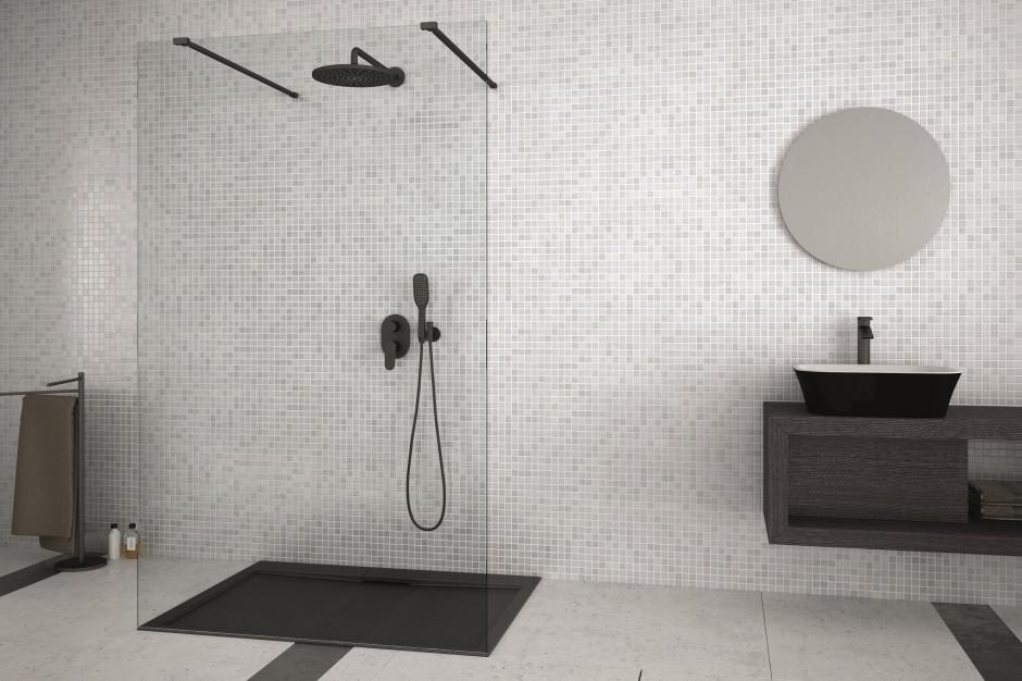 Detal w łazience: postaw na ciemny brodzik
