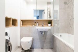 Przechowywanie w łazience: zobacz praktyczne pomysły na schowki