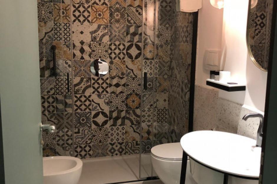 Designerskie produkty do łazienek w urokliwym włoskim hotelu