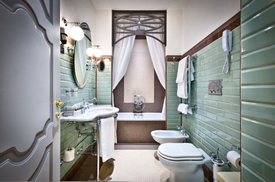 Łazienki, jak z bajki w odnowionym hotelu Château Monfort