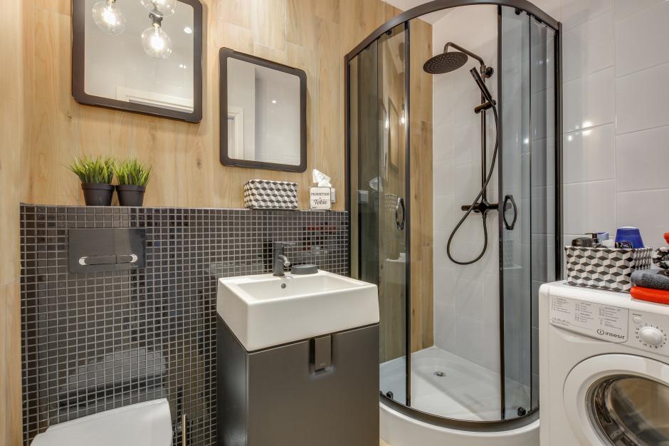 Łazienka w kawalerce: zobacz gotowy projekt