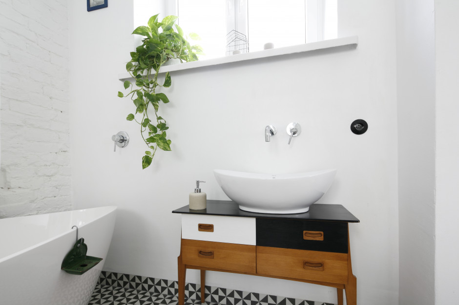 Szafka pod umywalkę: ciekawe pomysły z polskich domów