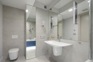 Zobacz 5 polskich łazienek z kolorystycznym akcentem