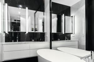 Ciemna łazienka: 12 inspirujących zdjęć z polskich domów