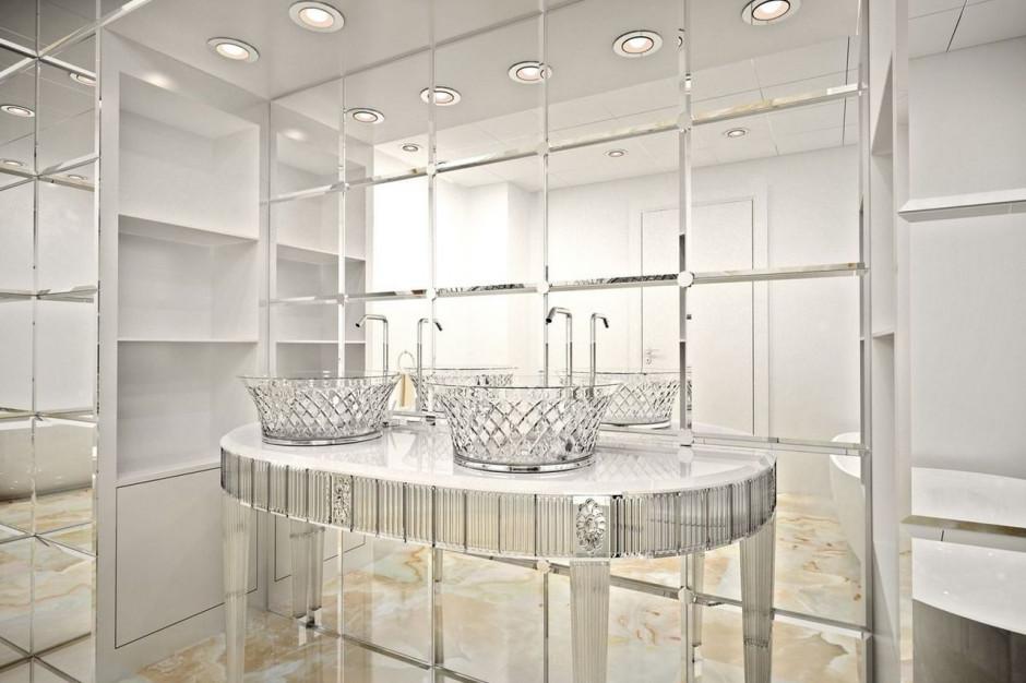 Designerskie meble łazienkowe i lustra na Cersaie 2019