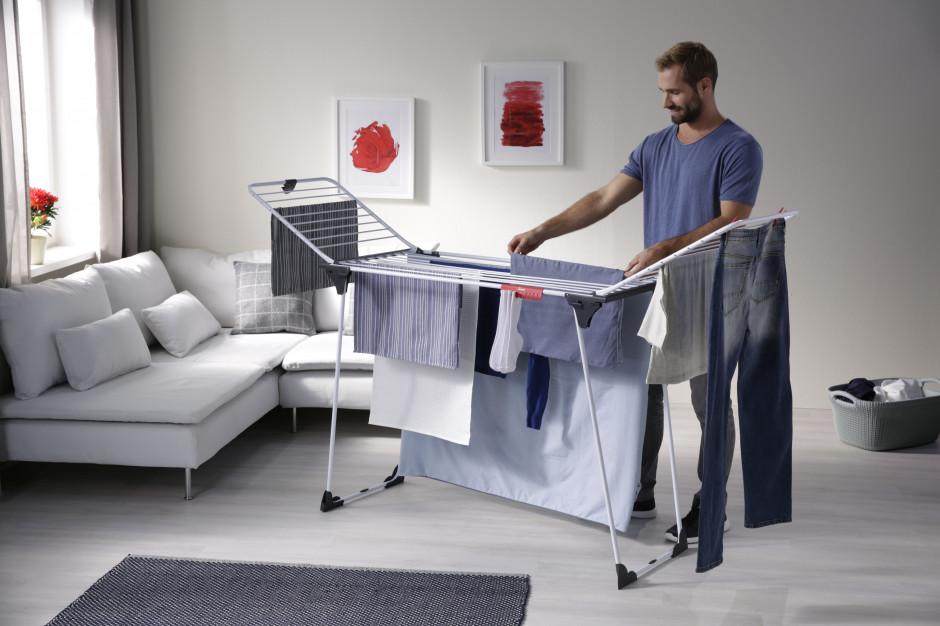 Tak praktycznie wysuszysz pranie (postaw na funkcjonalną suszarkę)