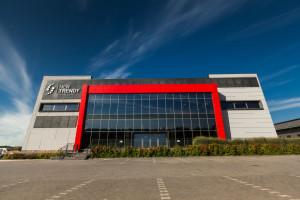 New Trendy z nowym centrum logistycznym oraz siedzibą