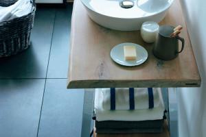Umywalki nablatowe. Innowacyjne materiały sposobem na konkurencyjność marek