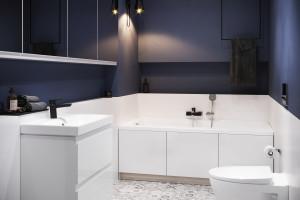 Trendy: Kolor roku Pantone 2020 w łazience