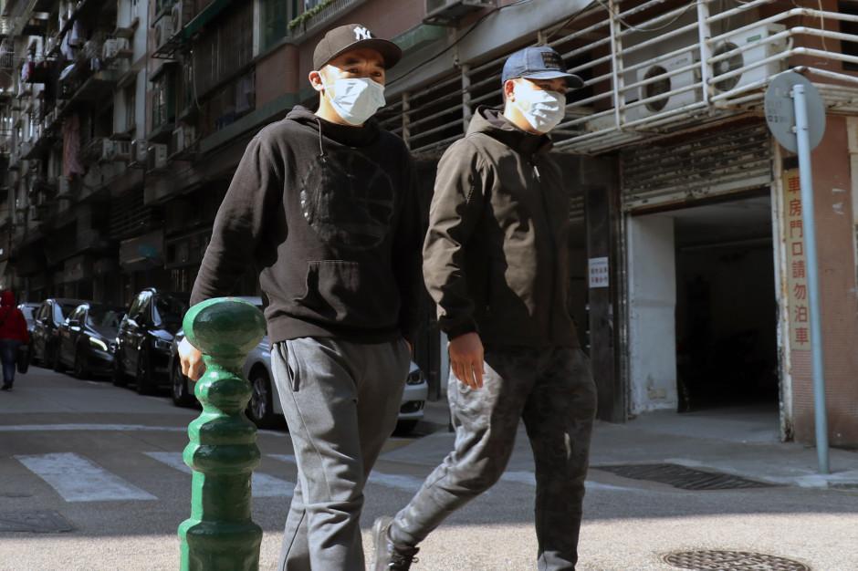 Włochy wstrzymują działalność fabryk w całym kraju